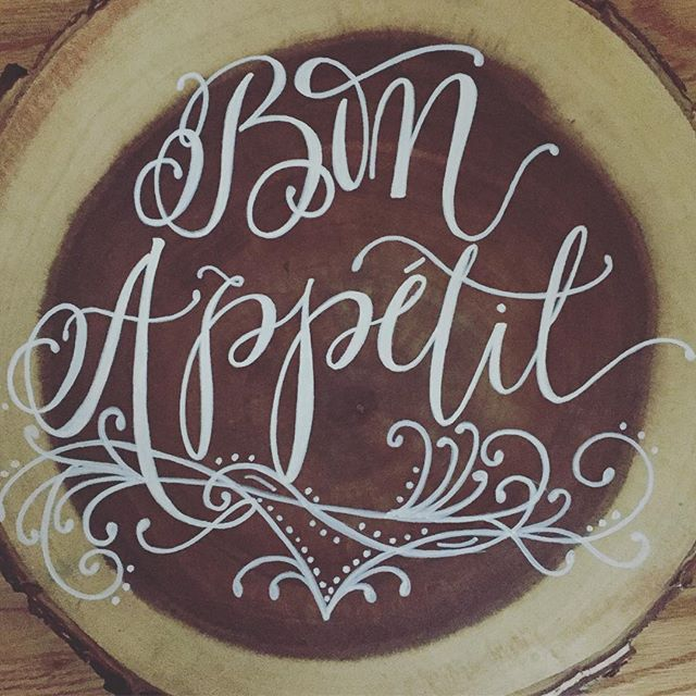 Wood serving platter fun! Who wants one of these bad boys?! #moderncalligraphy #calligraphy #script #servingtray #producttesting #smallbusiness #businessasusual #dinnerparty #bonappetit #dinnerparty #letsparty #prettythings #etsy #handpainted #handmade #photooftheday #instagood