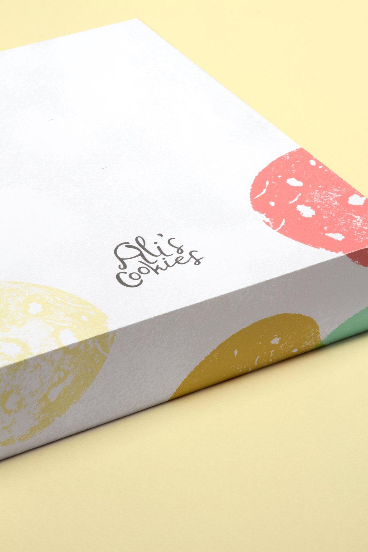 Caitlin-Mee_Ali-Cookies-Packaging_1.jpg