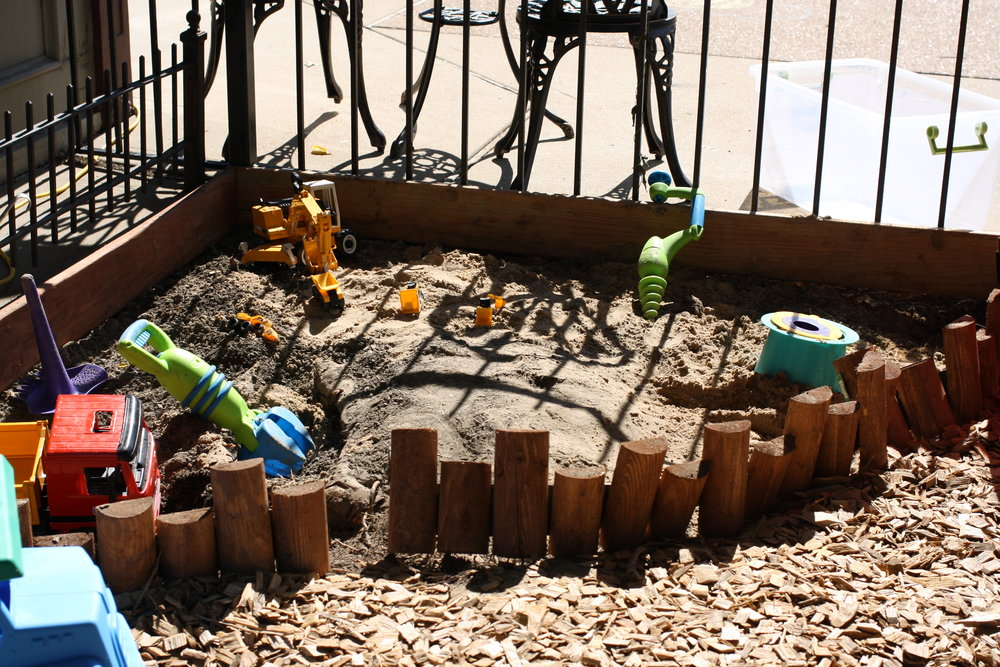 Our Super Duper Secret Fancy Dirt Pit Recipe - 3 parts topsoil1 part play sand