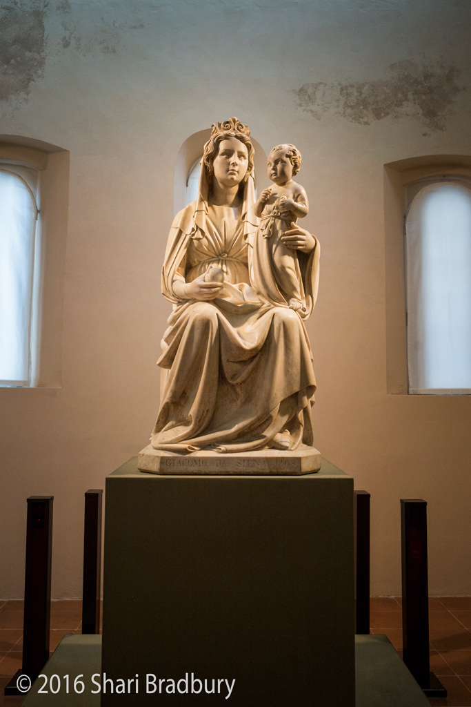 Madonna of the Pomegranate (Madonna del melograno), sculpted from Carrara marble, by Jacopo della Quercia (1403-1406).  Considered one of the greatest masterpieces of 15th Century Italian sculpture.