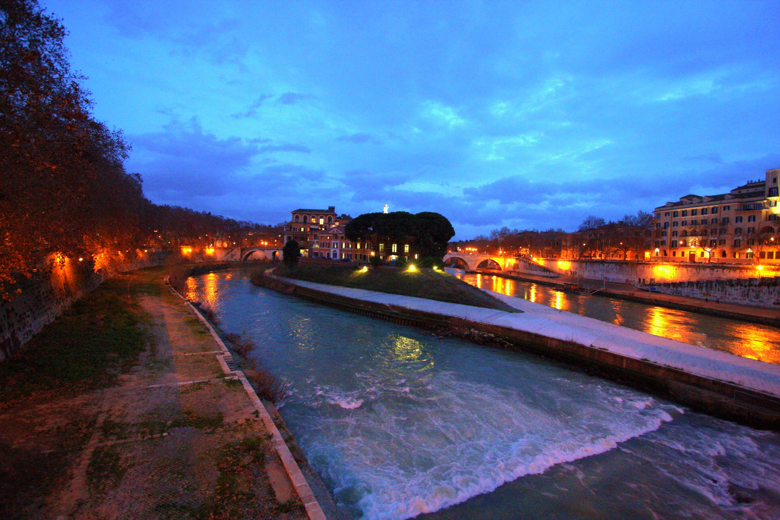 Island in Tiber River Rome