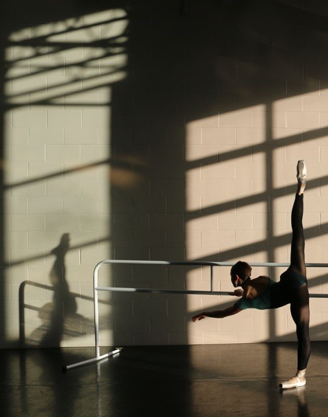 PHOTO BY: SIMONE ORLANDO   |   DANCER: HEATHER THOMSON
