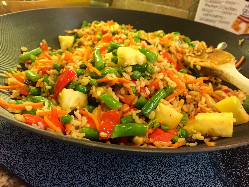 "Pineapple Cauliflower ""Rice"" Stir-Fry"