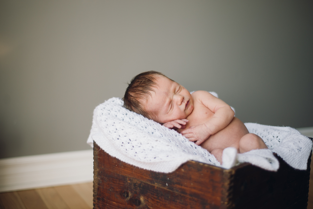 Newborn Lifestyle_Alabaster Jar Photography (3 of 21)