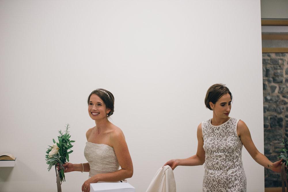 Tett Centre Wedding_Alabaster Jar (2 of 18).jpg