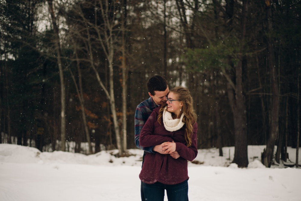 Winter Skating Engagement (5 of 30).jpg