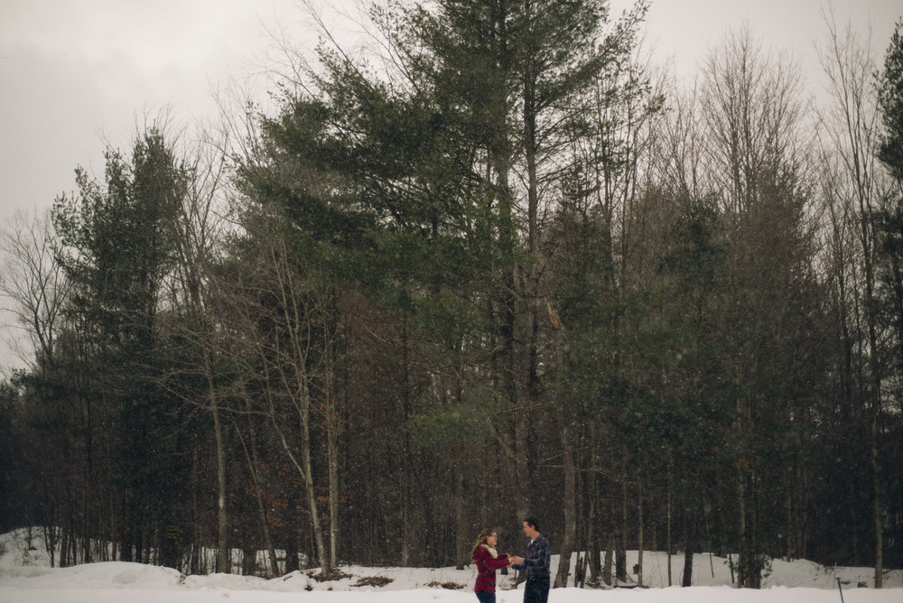 Winter Skating Engagement (8 of 30).jpg