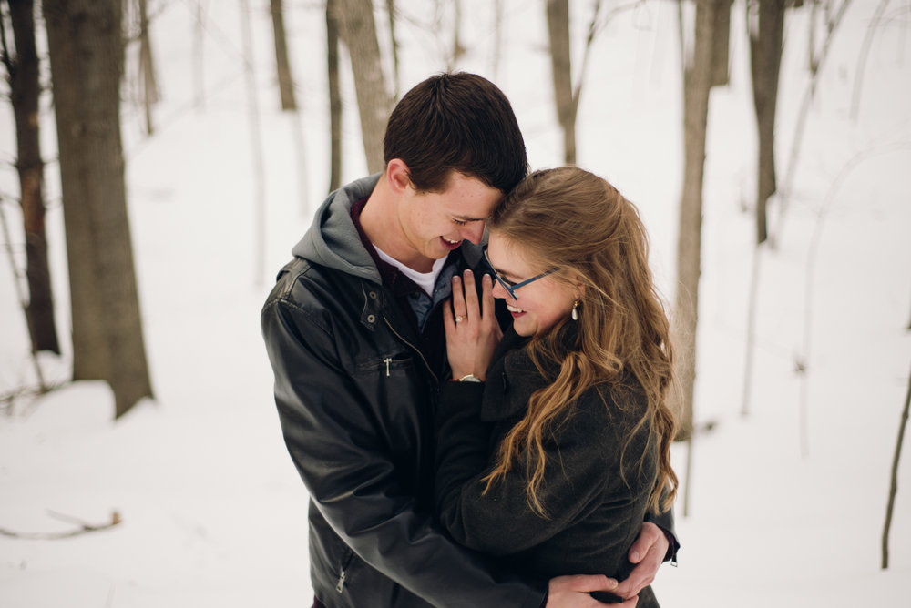 Winter Skating Engagement (12 of 30).jpg