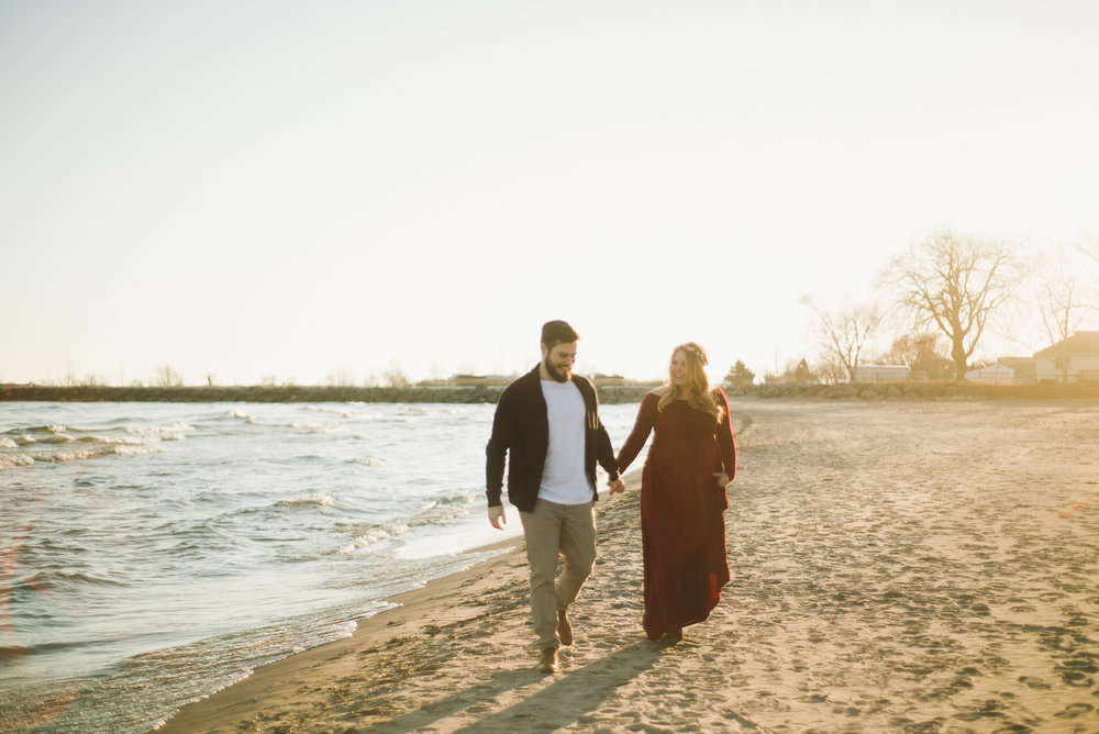 Cobourg Beach Maternity Session_AJP (30 of 33).jpg