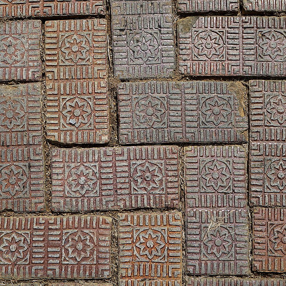 DSC01857_Roanoke_sidewalk_glazed brick_square.jpg