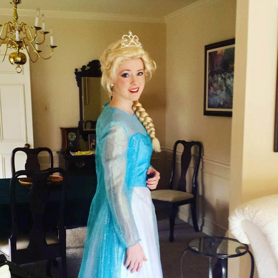 Elsa Laura.jpg