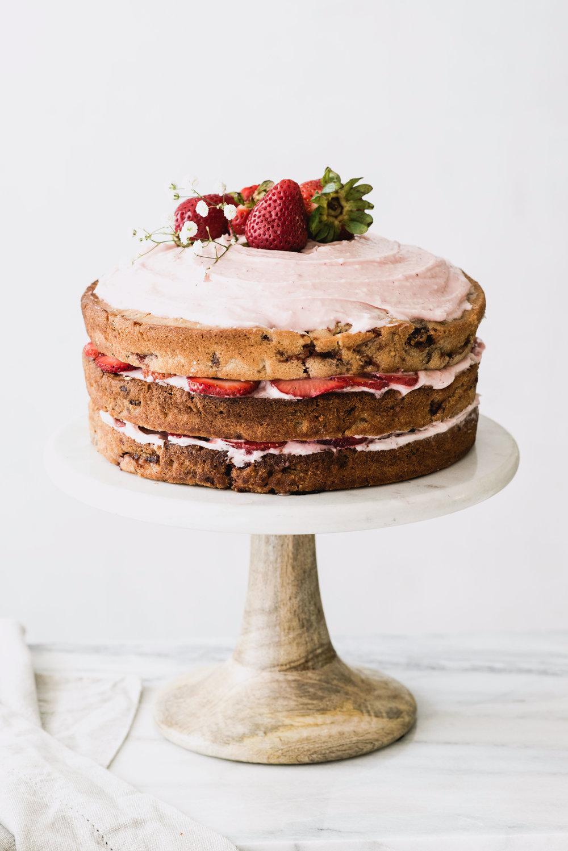 AmandaMack.brownedbutterstrawberrycake.
