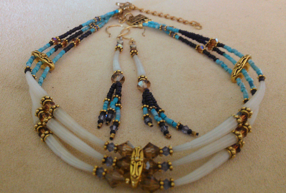 Dentalia shell,turquoise heishe, and swarovski crystal choker and earring set