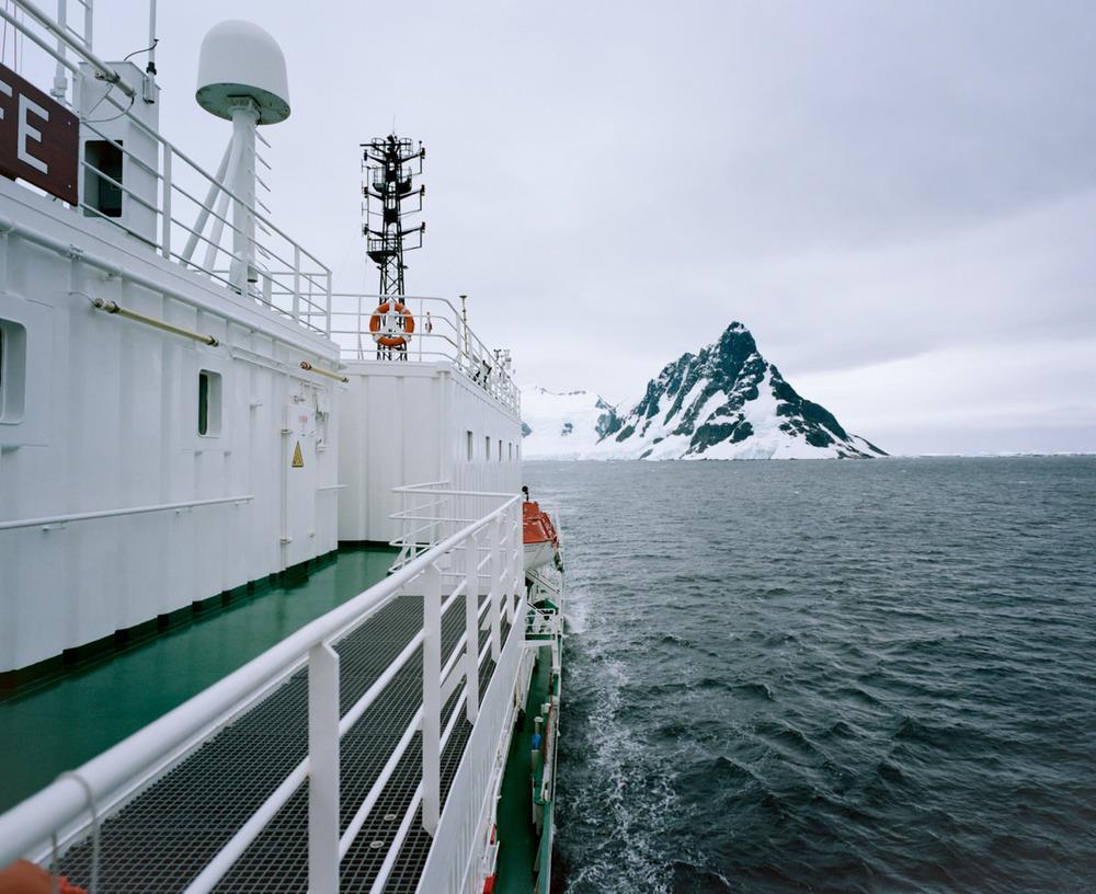 wrenee-antarctica-lemaire-channel-mamiya-7ii-4.jpg