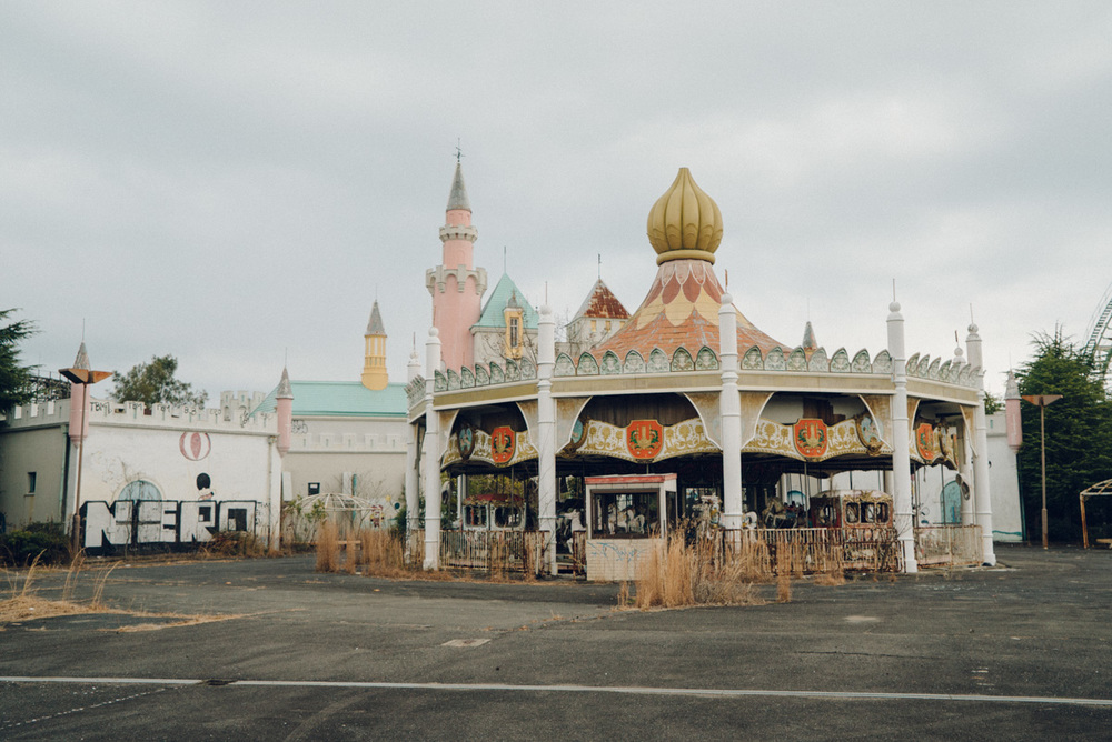 wrenee-nara-dreamland-abandoned-amusement-park-japan-34.jpg