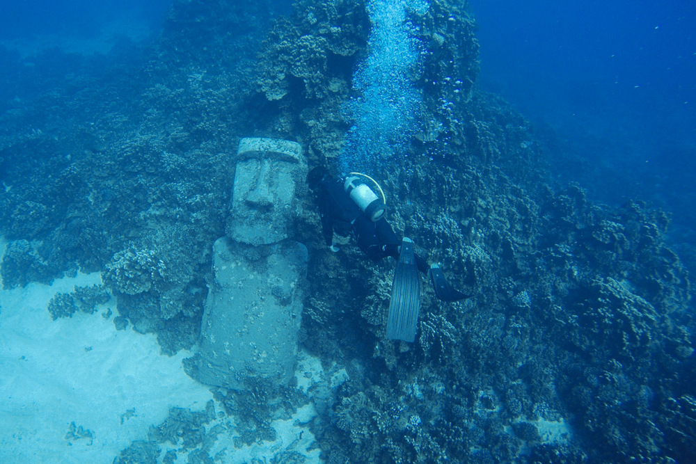 I dove with Mike Rapu Diving to see this underwater Moai.