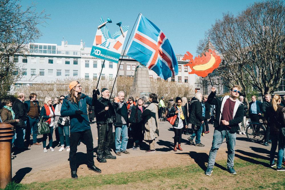 wrenee-iceland-part-1-reykjavik-protest-4.jpg