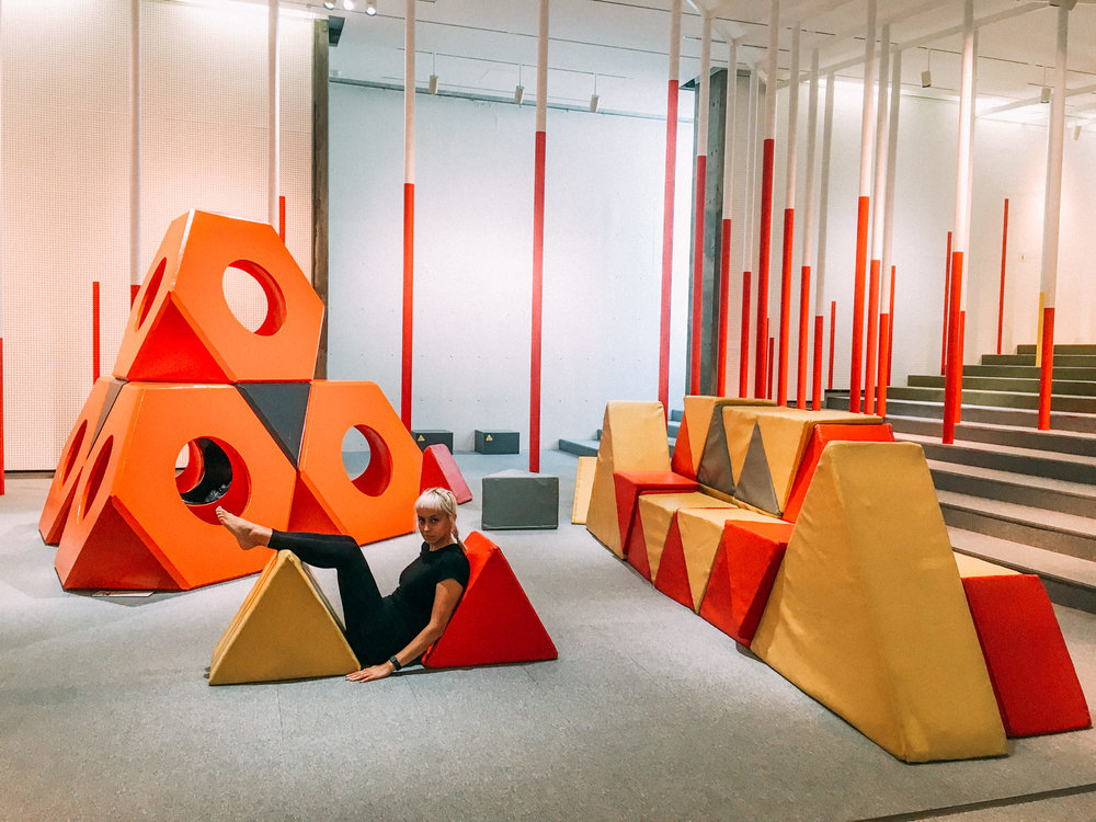 Zig-Zag △ (triangular) World: shape art based on the work of Isamu Noguchi