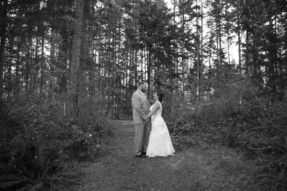 Wedding+Frontier+Lodge+Graham+Washington+02.jpg