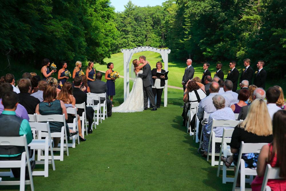 Destination+wedding+Wild+Rock+Golf+Cub+Dells+Wisconsin+24.jpg