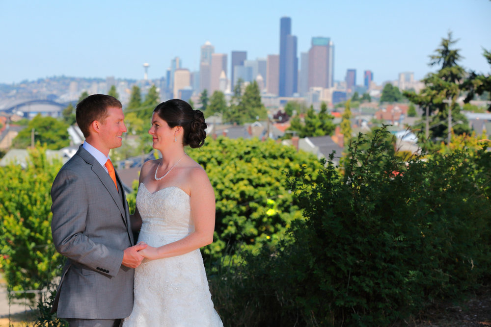 Wedding+Photos+Seattle+Design+Center+Seattle+Washington05.jpg