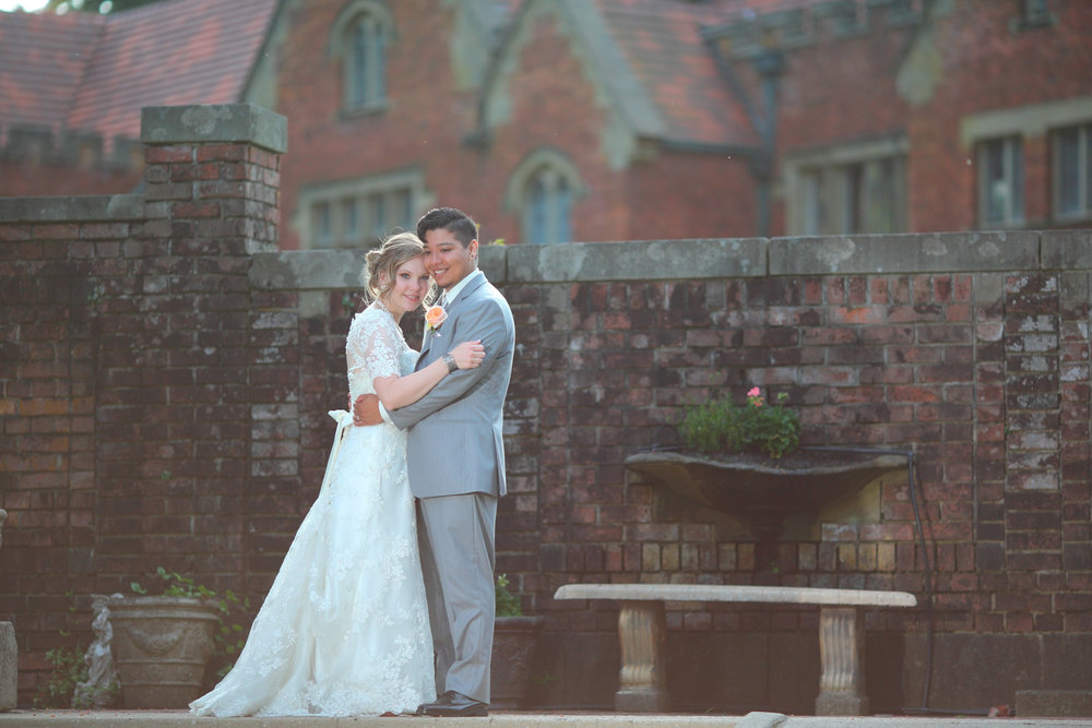 Wedding+Photos+Thornewood+Castle+Lakewood+Washington43.jpg