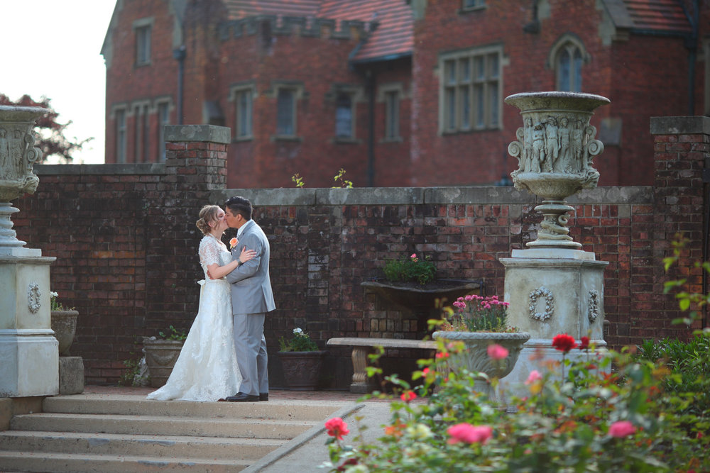 Wedding+Photos+Thornewood+Castle+Lakewood+Washington44.jpg