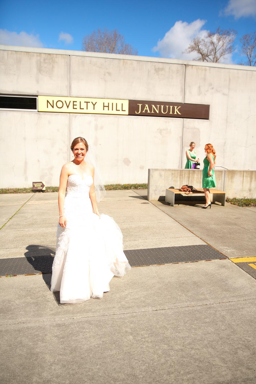 Wedding+Photos+Novelty+Hill+Winery+Woodinville+Washington18.jpg