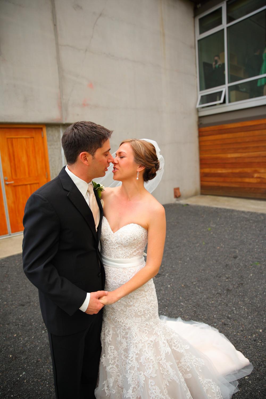 Wedding+Photos+Novelty+Hill+Winery+Woodinville+Washington25.jpg