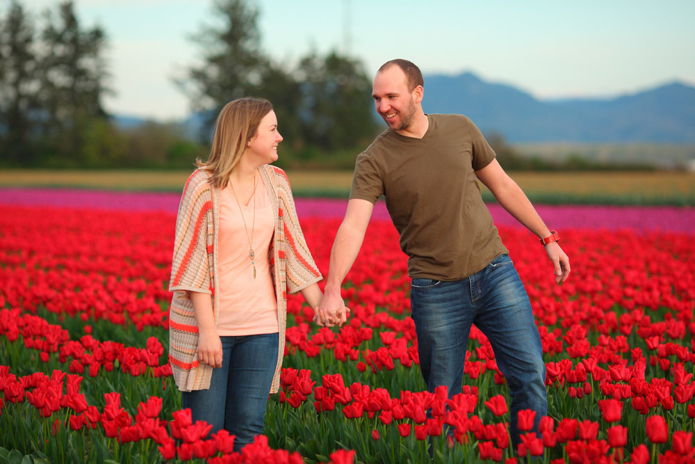 Engagement+Photos+Tulip+Fields+LaConner+Washington05.jpg