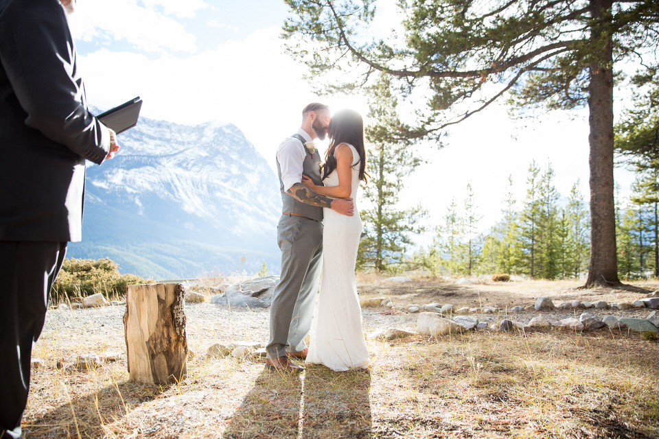 Wedding Storm Mountain Lodge in Banff National Park, AB.
