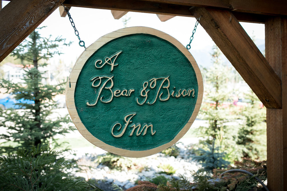 Wedding Bear and Bison Inn