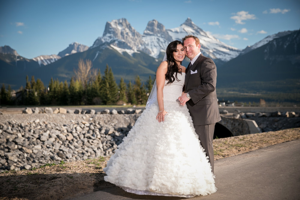 Wedding Bear and Bison Inn Canmore