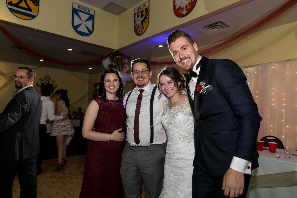 Elliott and Nicole Web-049.jpg