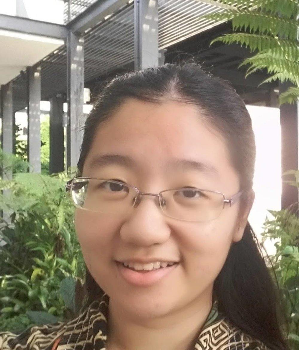 Regina Vanda, Lens On SG