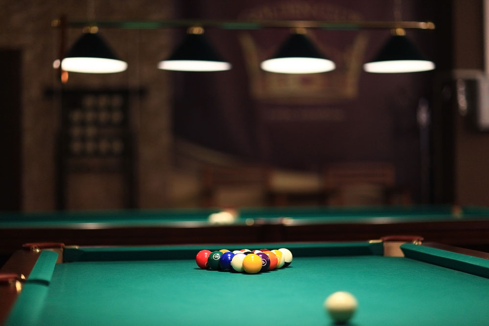American &  English Pool Tables