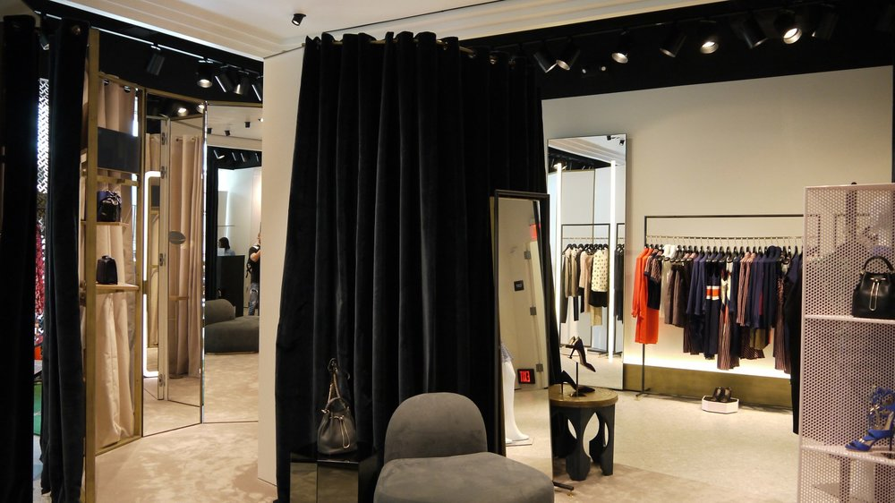 fitting rooms 4_1680x944.jpg