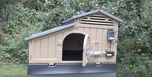 snap lock/formex and clever coop company chicken coop automatic opener/ closer