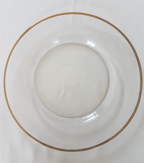 Gold rimmed glass SHOW PLAtE