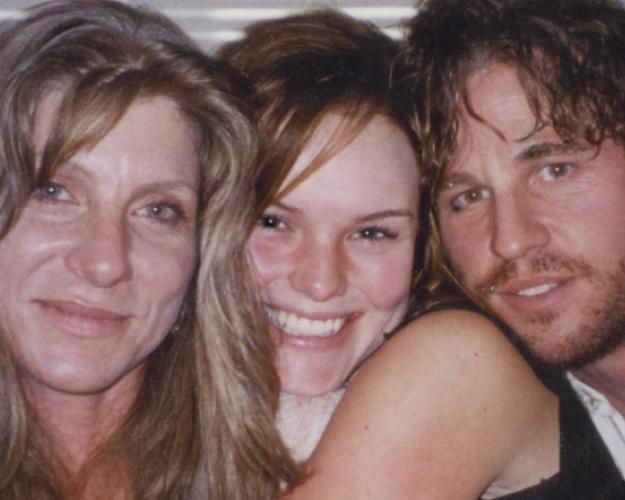 "Dawn with Kate Bosworth & Val Kilmer on set of ""Wonderland"""
