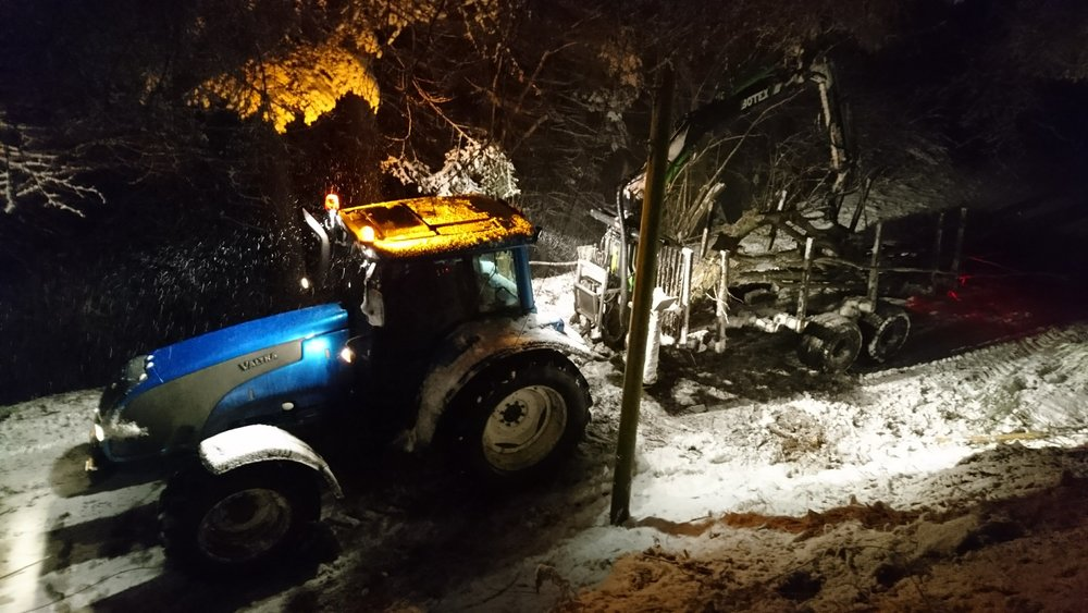 Clearing a blocked minor road in some wintry conditions