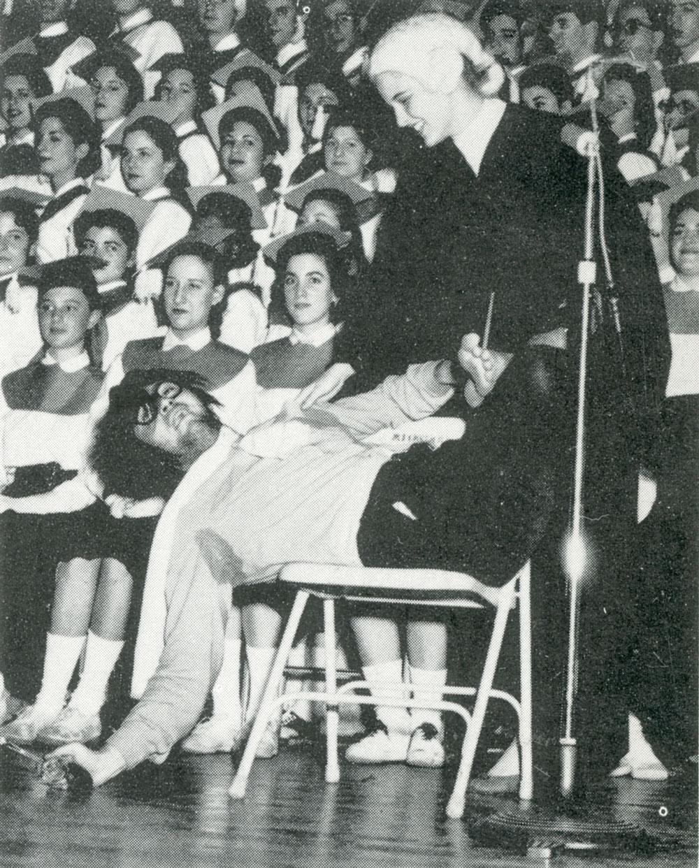1956sing02.jpg