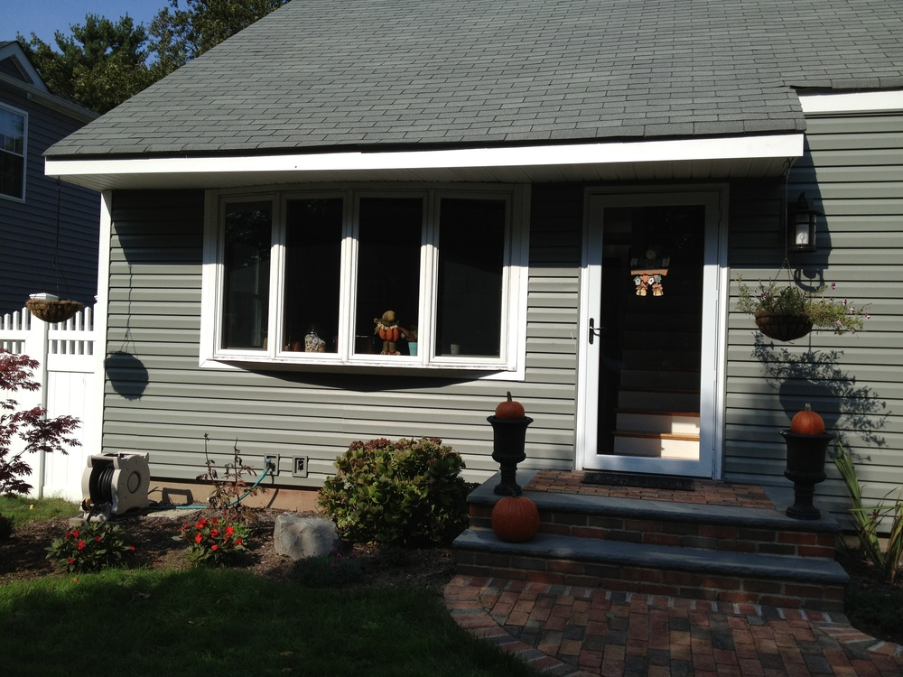 New Vinyl Siding & Door