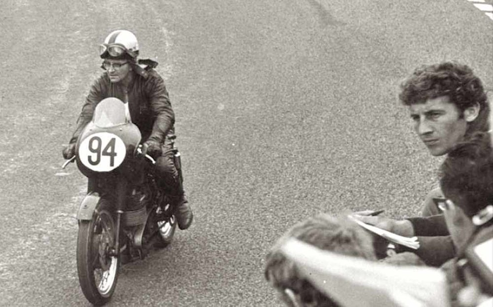 Legendarily Velocette racer, Arthur Lavington, who owned and raced The White's 1967 VMT 816RC engine.