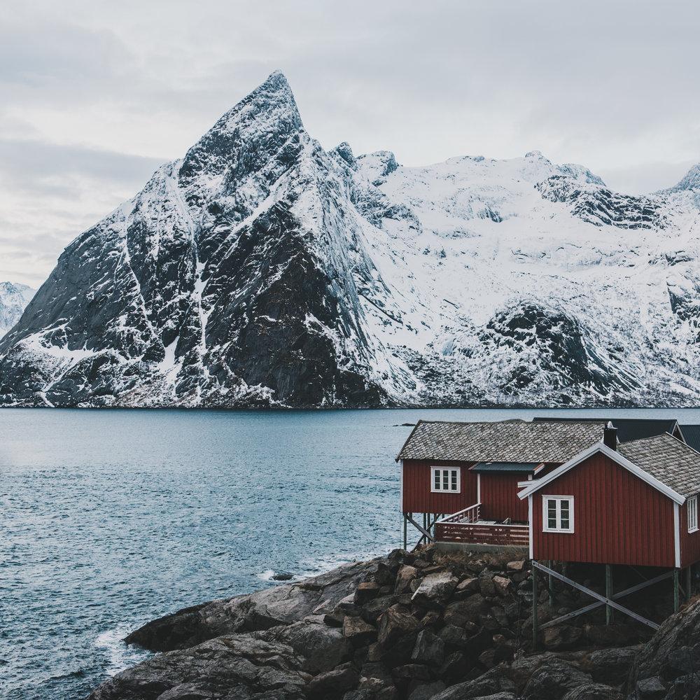 Reine Lofoten feb 2018.jpg