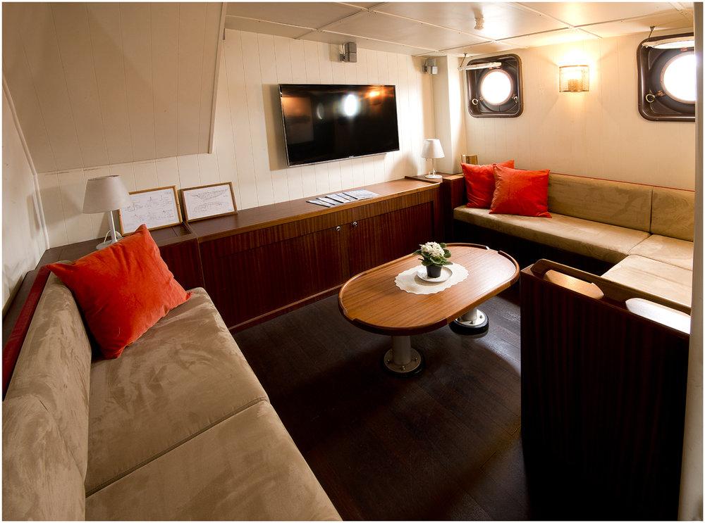 Interior - TV Lounge.jpg