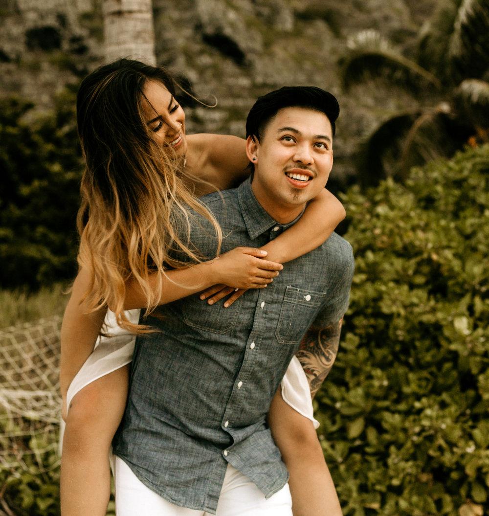 Oahu hawaii engagement photos-51 copy.jpg