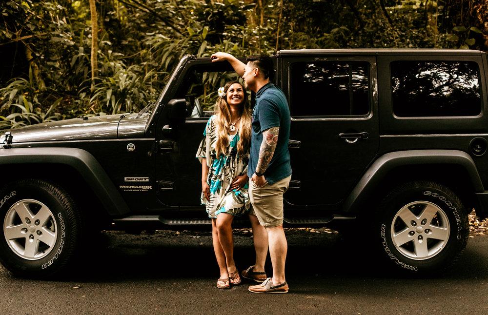 Oahu hawaii engagement photos-243.jpg
