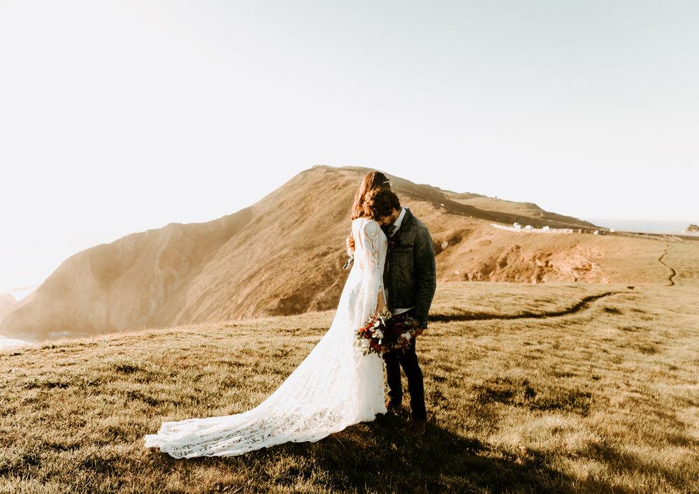ireland elopement photos -3.jpg