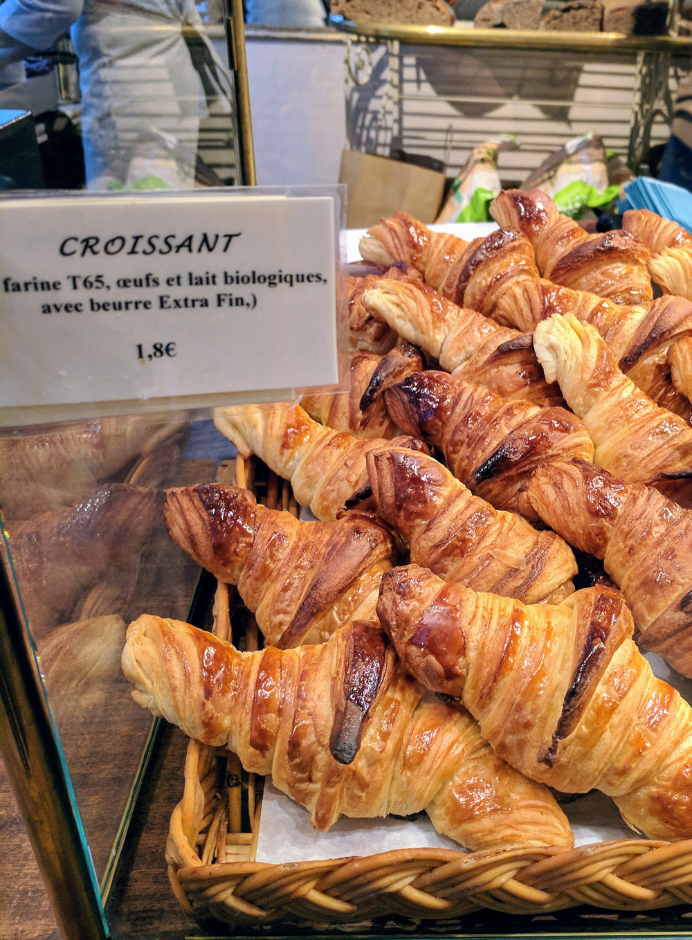 french-croissant.jpg